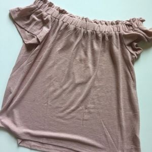 [boutique] pink off the shoulder blouse